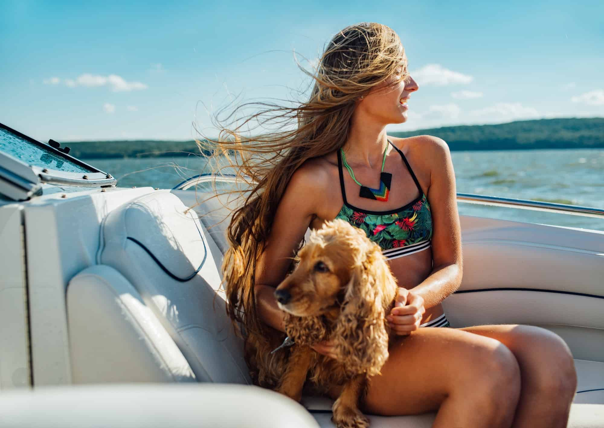 Boat Green with Pets